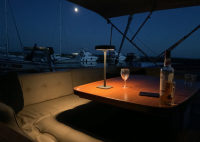 Flai central support complete outdoor yacht